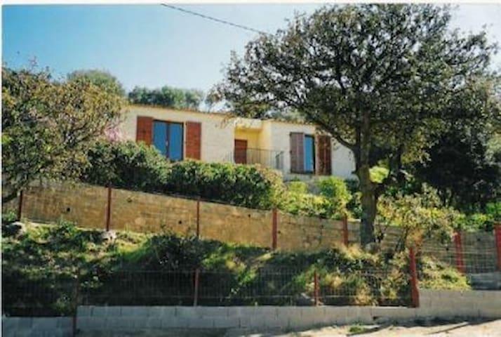 Petite maison de charme - Santa-Reparata-di-Balagna - Casa