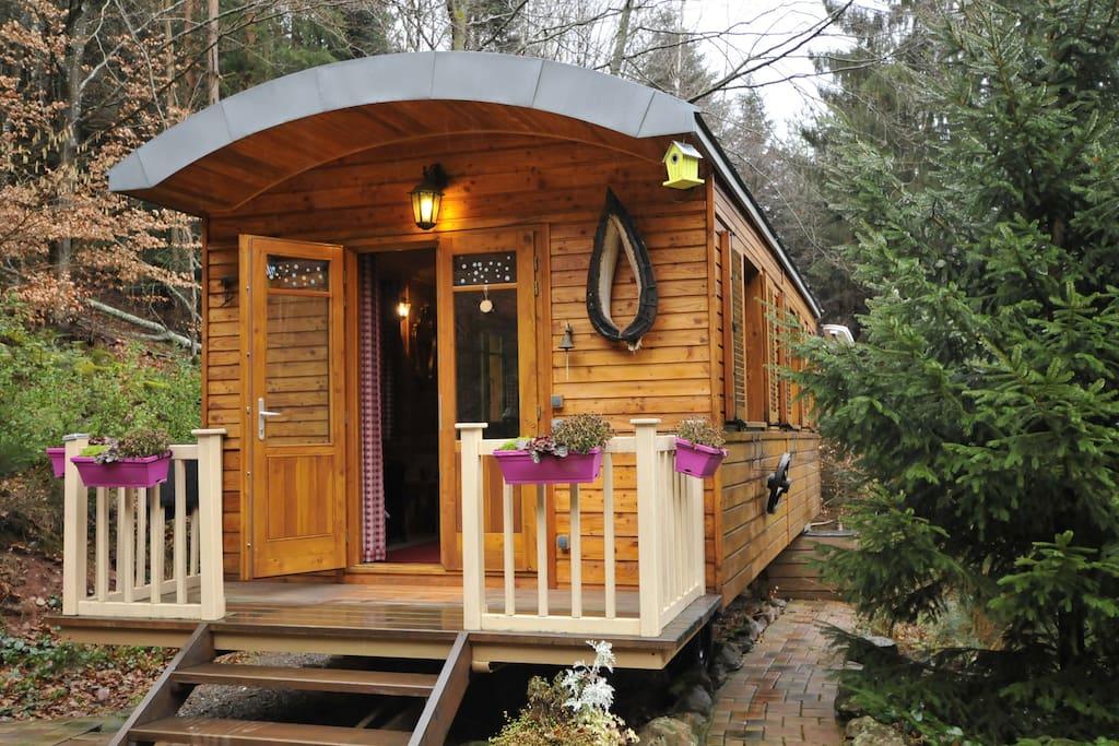 le g te insolite cabanes de berger royaume uni france louer wangenbourg engenthal. Black Bedroom Furniture Sets. Home Design Ideas