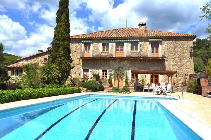 Espléndida casa para 12 personas(Girona)