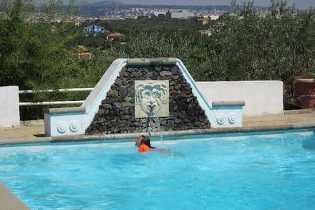Casadellameridiana: climatizzata, piscina e vista - Sassari