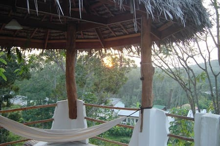 Tewana Home Hip House - Phuket