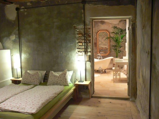 Schönes Chalet mit 2 Schlafräumen - Telfes - Dom