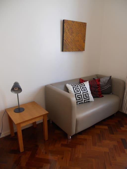Quarto: Sofá para 2 pessoas