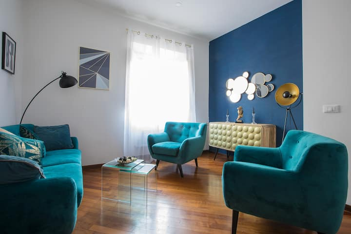 Amazing Pantheon apartment