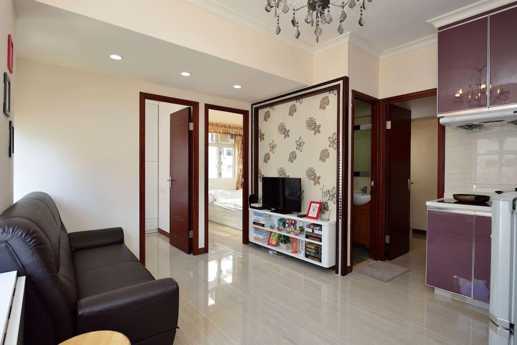 Big quiet city apartment for 9pax apartments for rent for Big city apartments