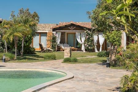 Villa Paradiso Chia