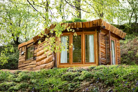 Bespoke Eco Cabin With Ancient Woodland Views…