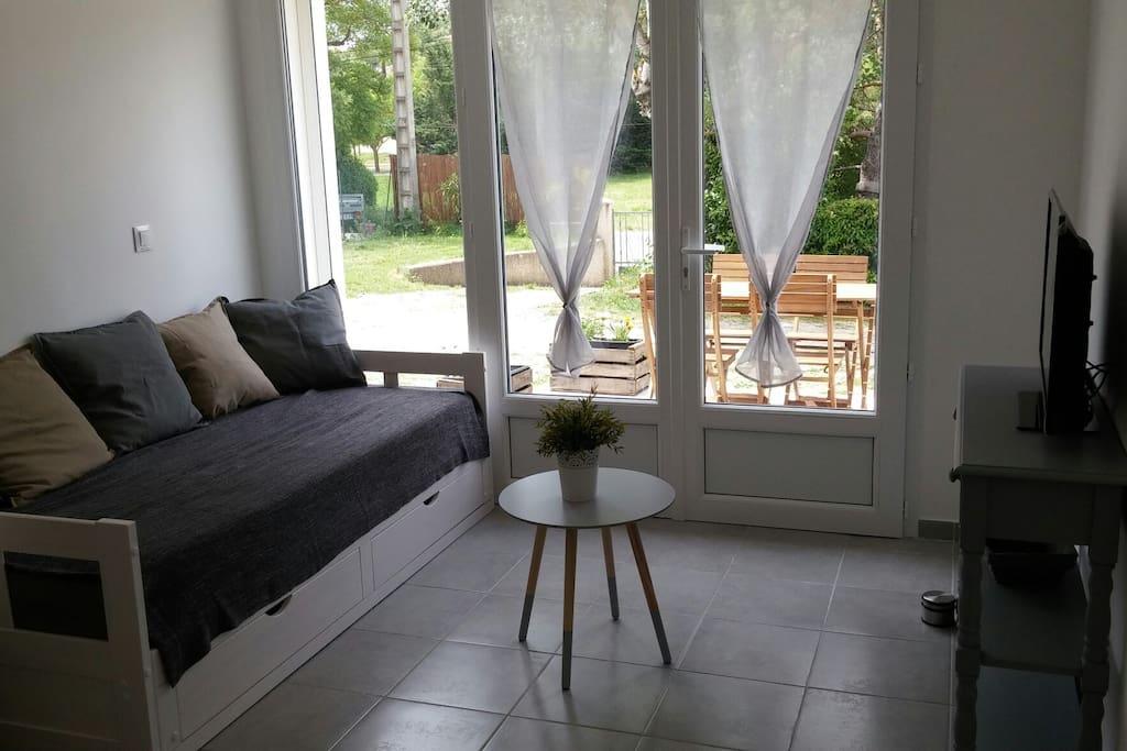 T2 terrasse jardin 15 minutes de greoux les bains - Location appartement salon de provence le bon coin ...