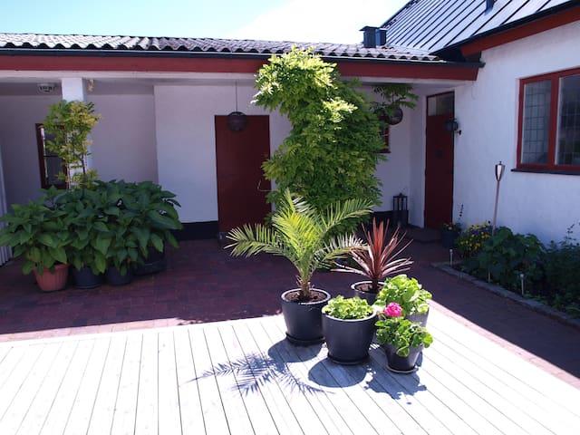 Lägenhet i anslutning till villa - Trelleborg