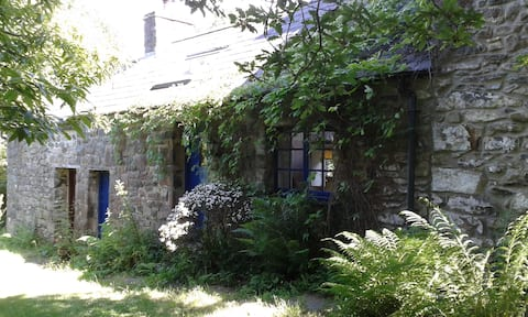 Cosy cottage ideal for couples & nature lovers