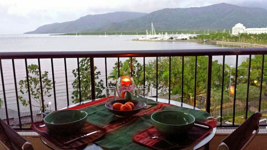 Ocean View - Heart of the City - Cairns City - อพาร์ทเมนท์
