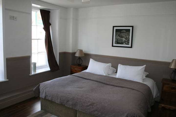 Crown Inn Double Room En-Suite - Benson - Penzion (B&B)