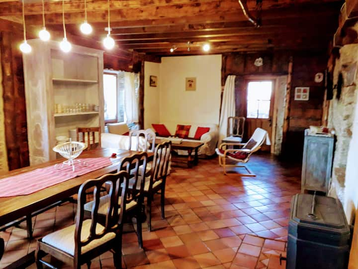Abaynat:  self catering /10 people near Font Romeu