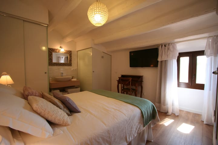 B&B Wine and Cooking Io Room - Pla del Penedès - Bed & Breakfast