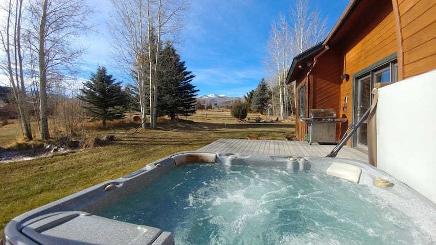 Snowmass bedroom and bath with views and a hot tub