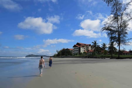 On the seashore, near a rainforest - Kota Kinabalu