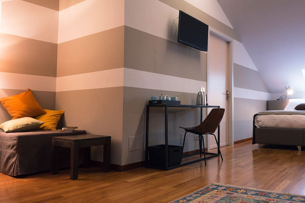 Panoramica Family Room