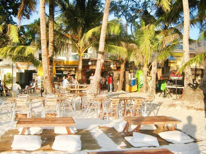 White Beach de Boracay Resort - Station 1