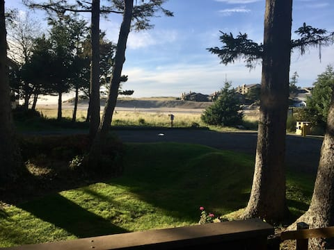 Maloney's Cannon Beach View Home