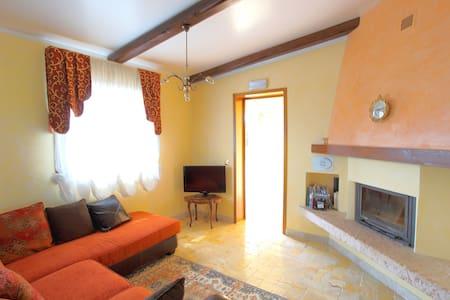 Eco holiday in a luxury  Farmhouse - Jolanda di Savoia