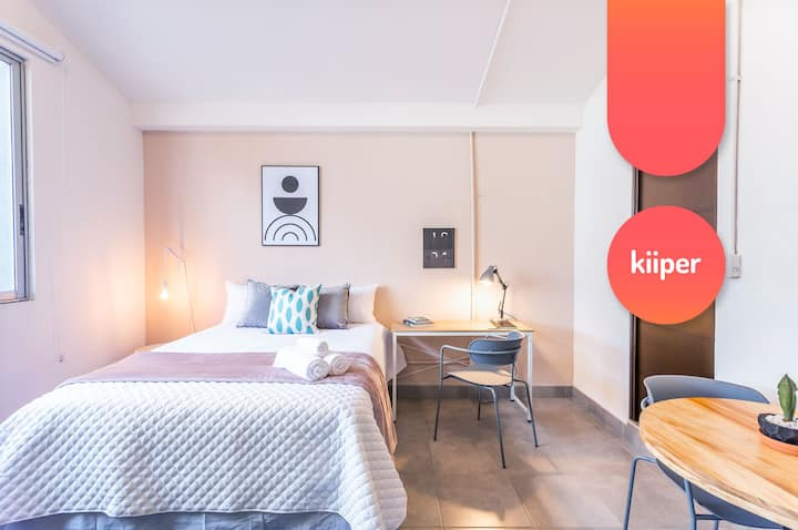 kiiper | Comfy Studio with Work Space | 2 PPL
