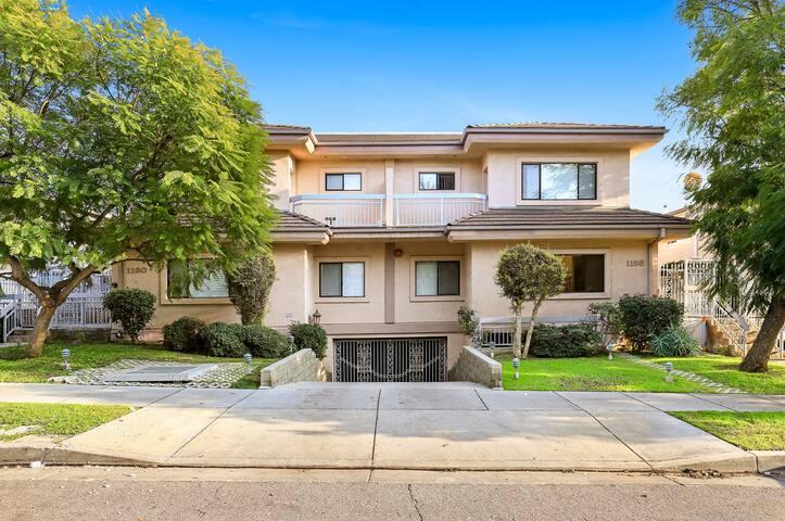 Luxury Glendale Home
