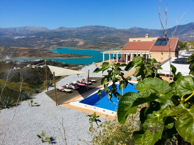 Luxury Villa, super privacy & view! - Los Romanes