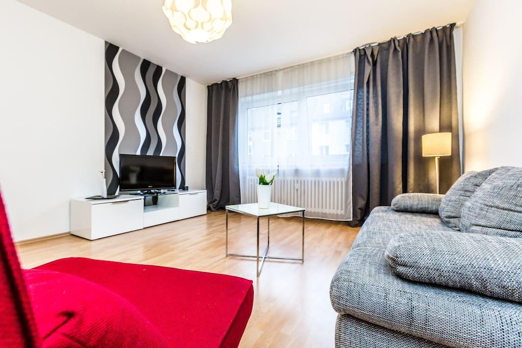apartment k ln h henberg g32 apartments for rent in cologne north rhine westphalia germany. Black Bedroom Furniture Sets. Home Design Ideas