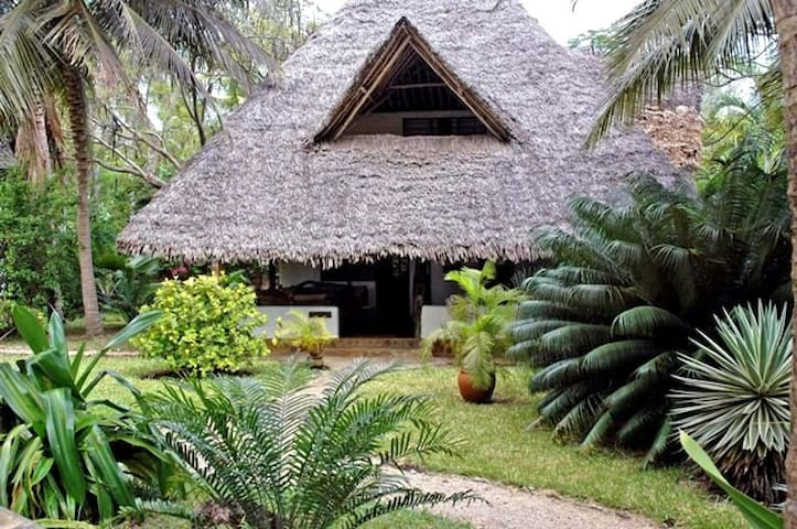 Simba Cottage in Shambani - Diani Beach - Rumah