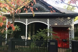 Picture of Downtown Garden Cottage