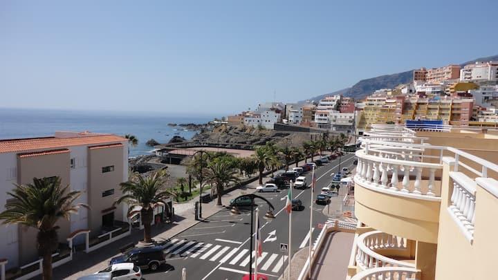 Rent 2-bedroom apartments near the beach La Arena