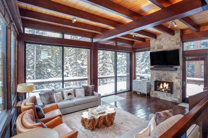 Luxurious Mountain Modern Home with Gorgeous Outdoor Space & Ski Access
