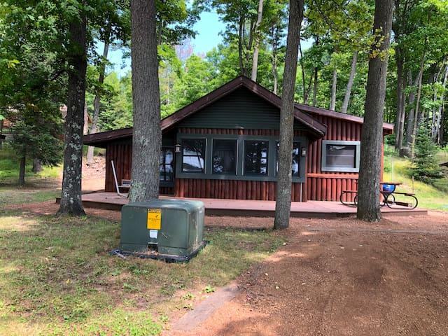 **Sumer Getaway On Lost Lake**Deer Grove Cabin**