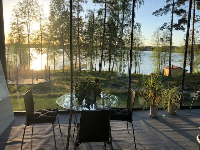 1-2 rooms, 20km from Tampere, Women/couples only