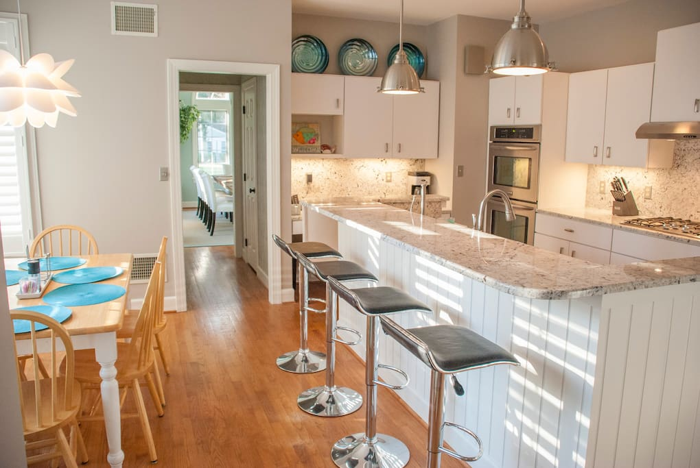 Gourmet kitchen, stainless appliances and granite counters