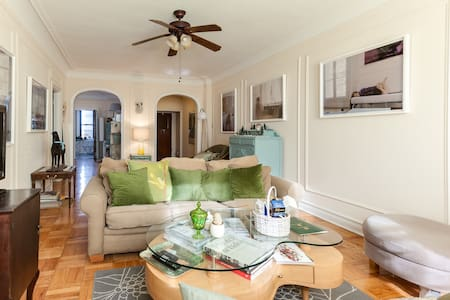 Elegant and Spacious 1350 sq/ft Apt (Whole Foods!) - St. Louis - Wohnung
