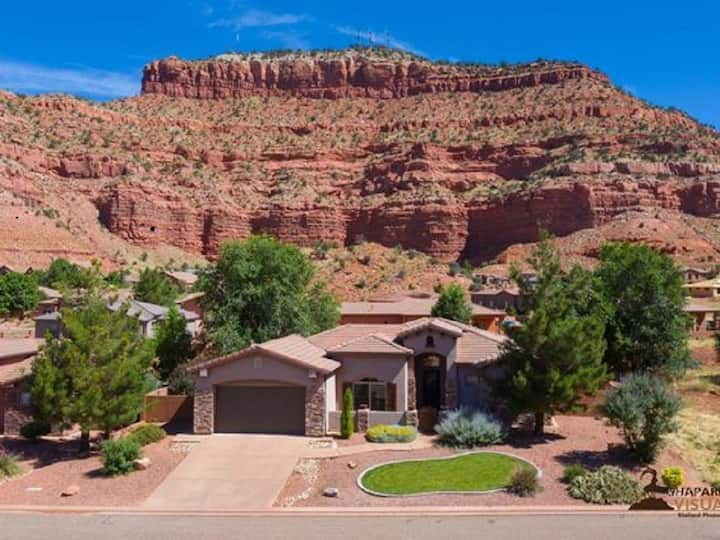Red Rock Canyon Retreat
