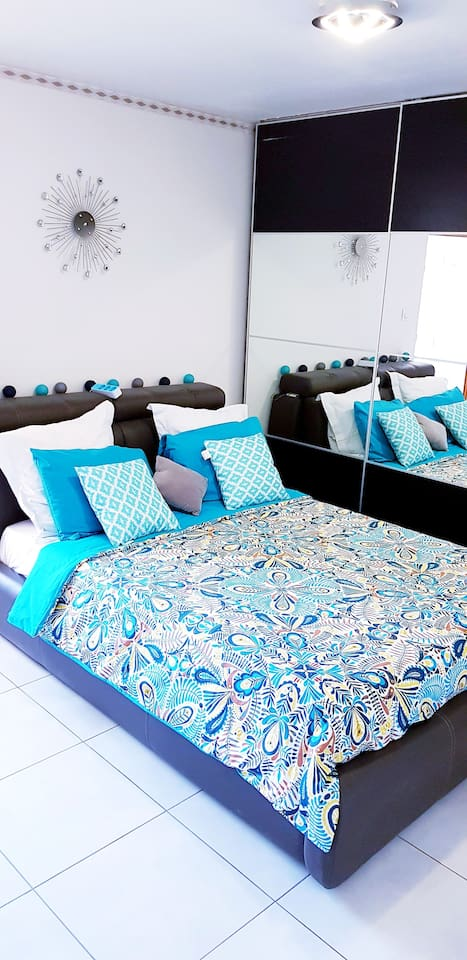 Chambre avec lit 2 places très confortable