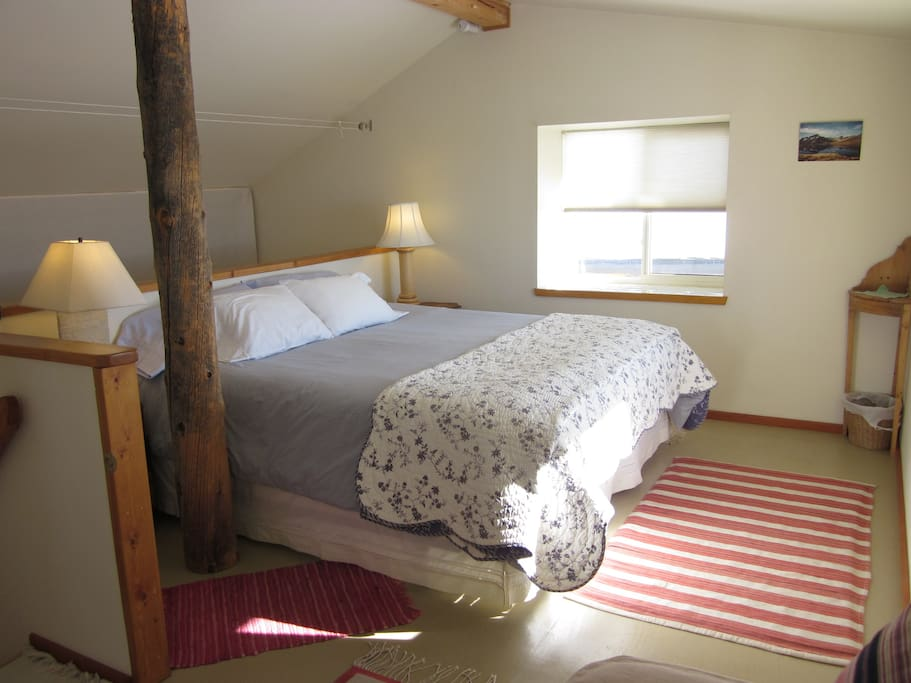 Loft bedroom with King on one end and 2 Twins on other