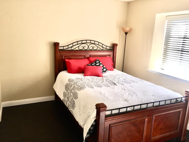 Upstairs bedroom and private bath in Large House