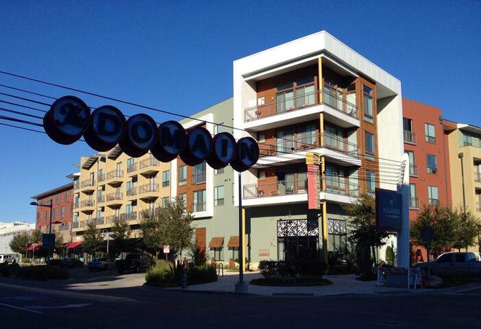 Upscale 1bdrm at Low Rate in Luxury Domain