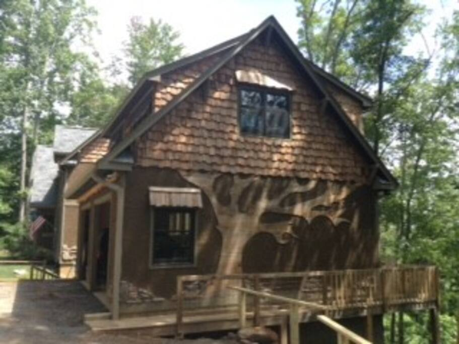 Guest Suites For Rent In Asheville, North Carolina, United States
