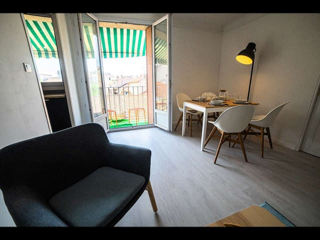 Superbe appartement contemporain T2 Aurillac