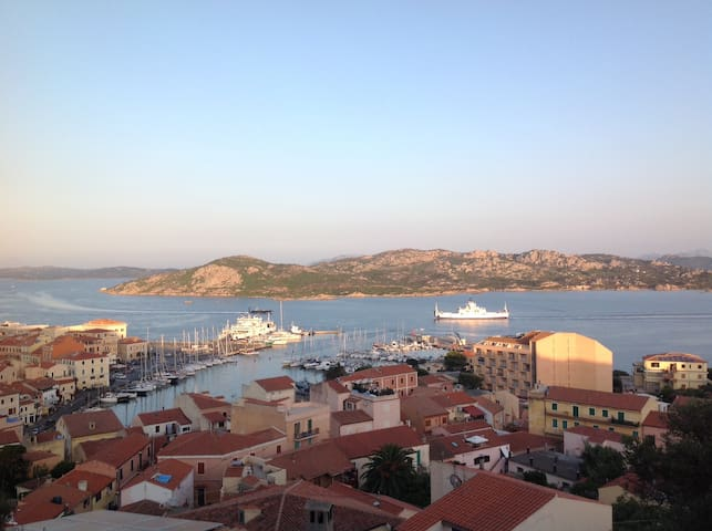 Breath-Taking View of Maddalena Archipelago - Ла-Маддалена - Квартира
