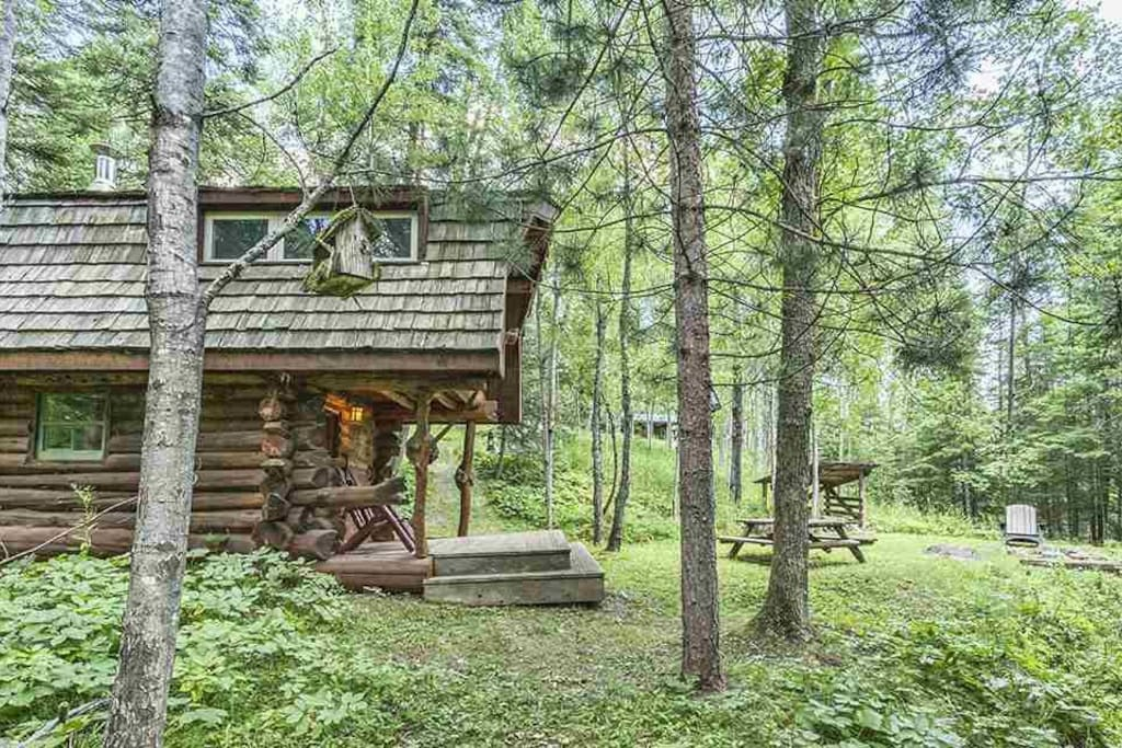 Private rustic log cabin and sauna on north shore for Cabins for rent in minnesota