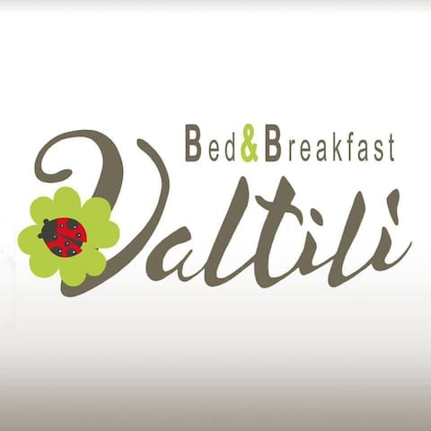 Bed And Breakfast VALTILI'-CAMERA ROSSA