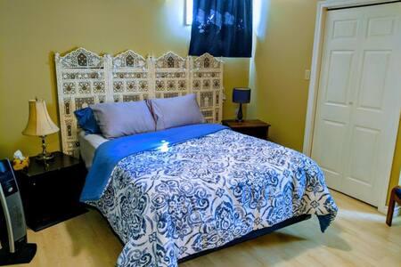 Barry Bay Hideaway: Room 1