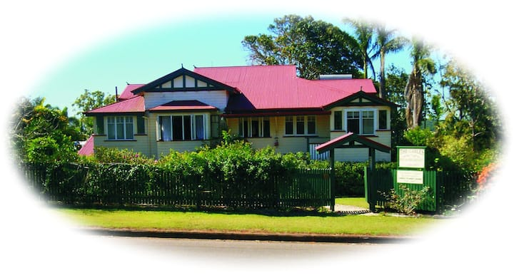 Lovely apartment in Queenslander