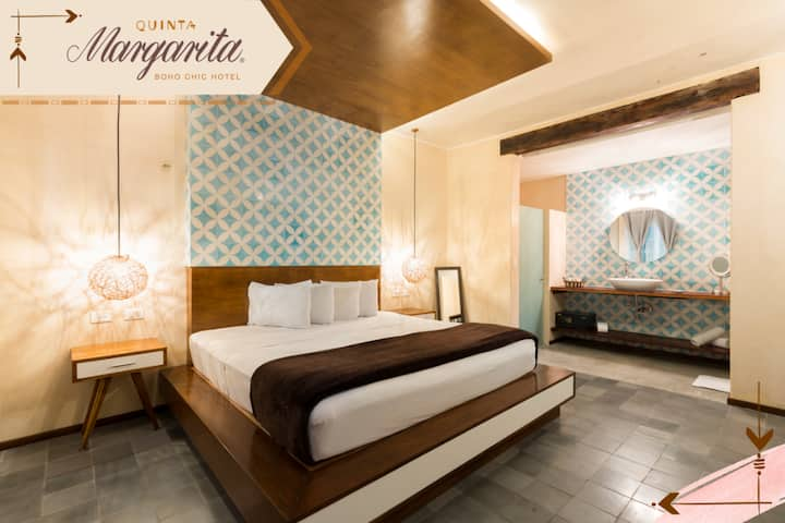 Luxury Room  by Quinta Margarita