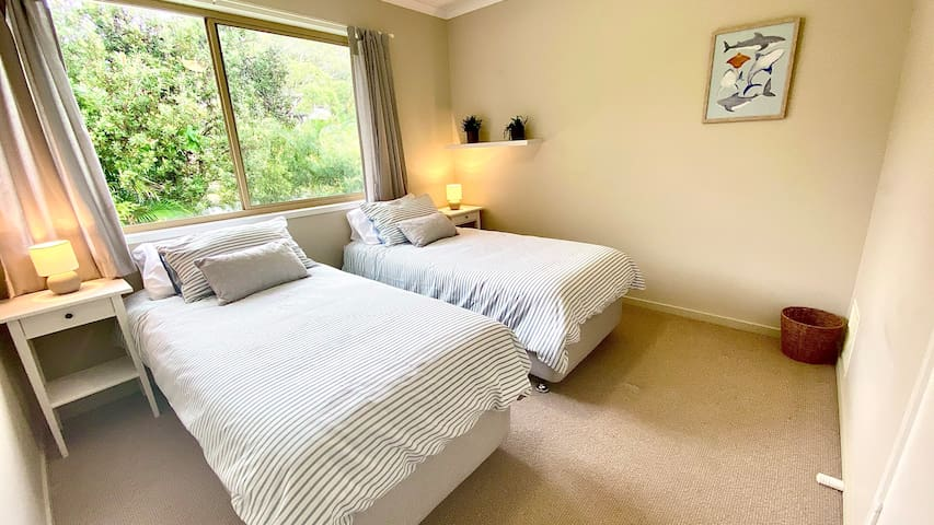 Second bedroom, can be made as a double or two singles